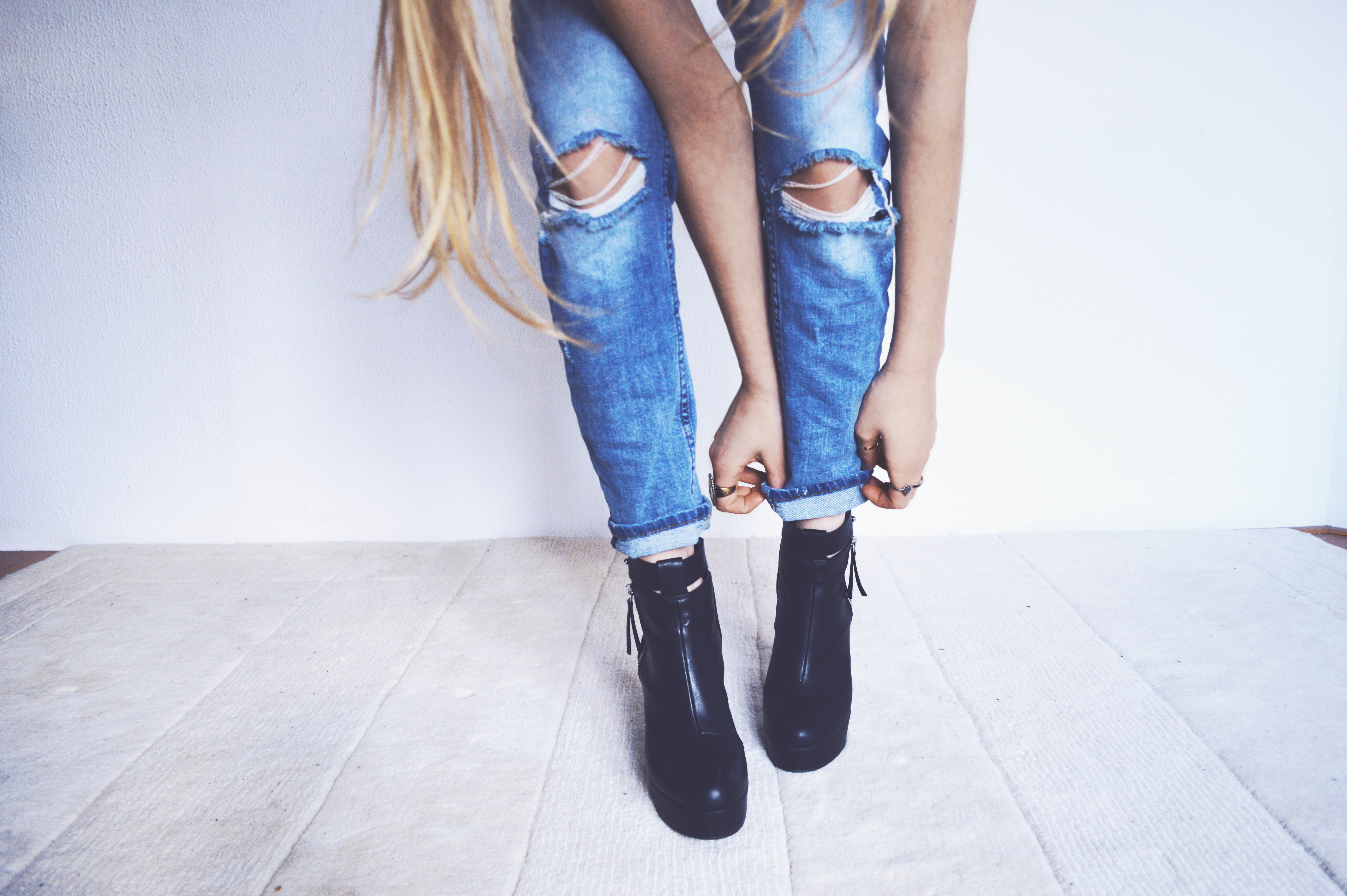 boss-fight-free-high-quality-stock-images-photos-photography-woman-boots-jeans