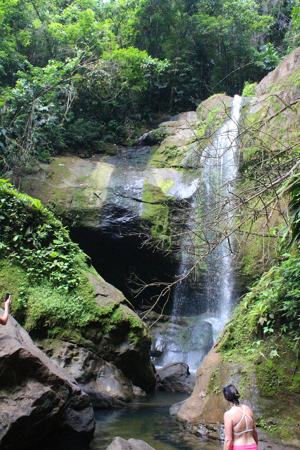 Hey Mishka - Costa Rica - Puerto Viejo Travel Diary - Bri Bri Waterfall (1)