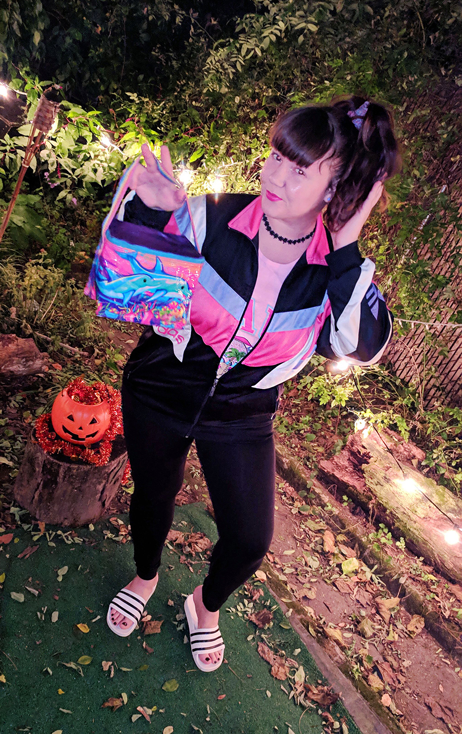 last-minute-halloween-costumes-diy-90s-vintage-retro-lisa-frank (4)
