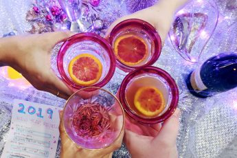 A Chill NewYear's Eve at Home - Hey Mishka DIY Blog - Party Ideas (2)