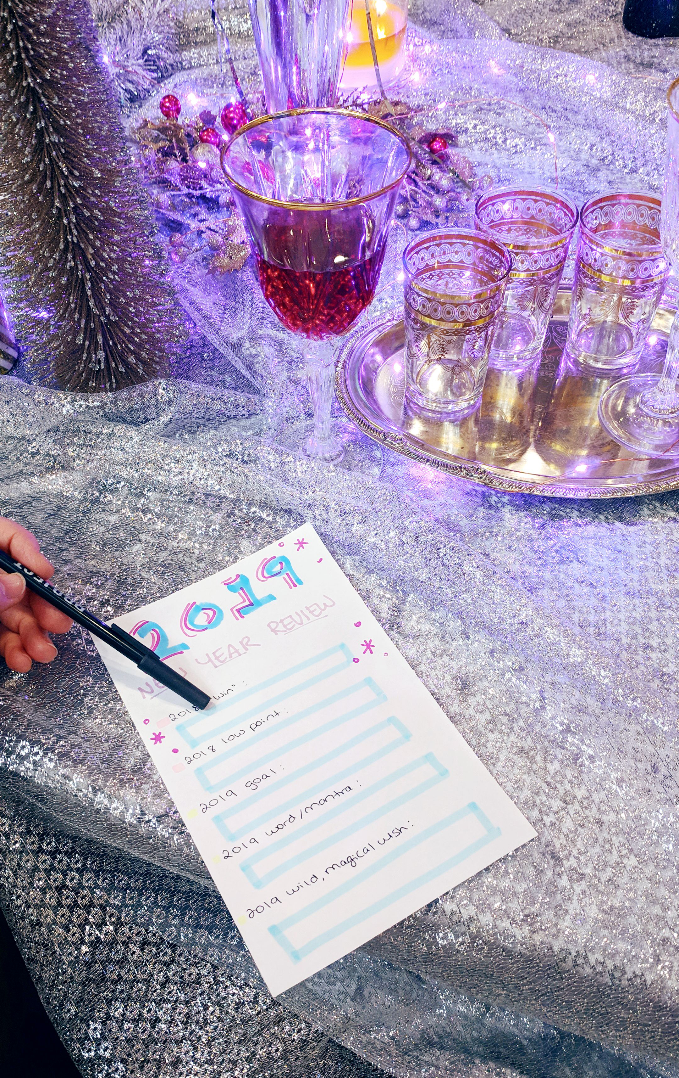A Chill New Year's Eve at Home - Hey Mishka DIY Blog - Party Ideas (24)