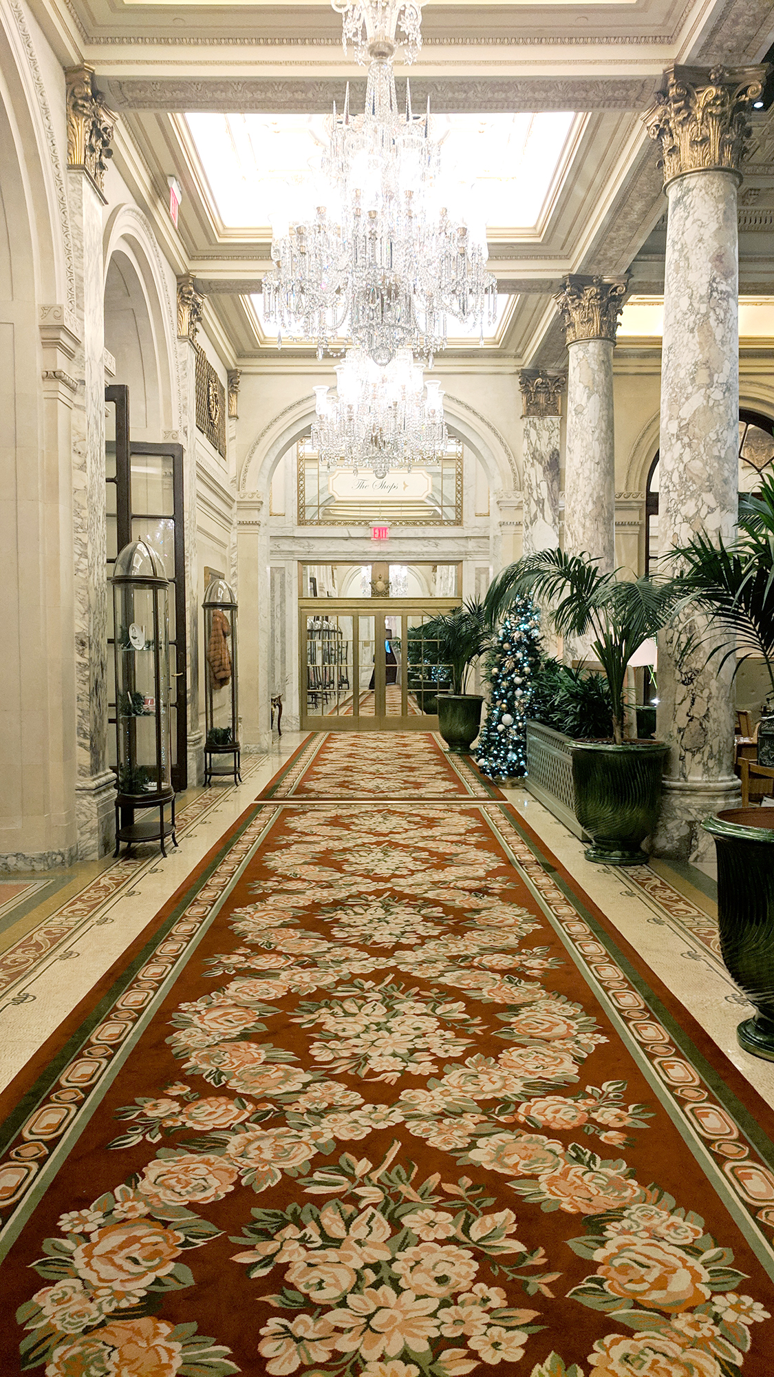 Christmas Tea at the Plaza Hotel - Hey Mishka - NYC Guide (6)