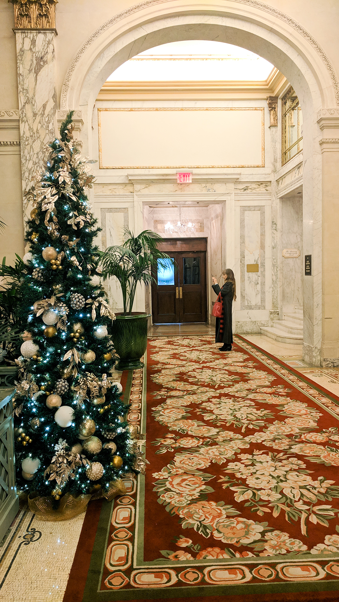 Christmas Tea at the Plaza Hotel - Hey Mishka - NYC Guide (7)