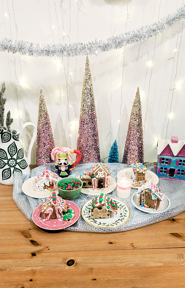 Gingerbread House Party - Hey Mishka Christmas DIY 004
