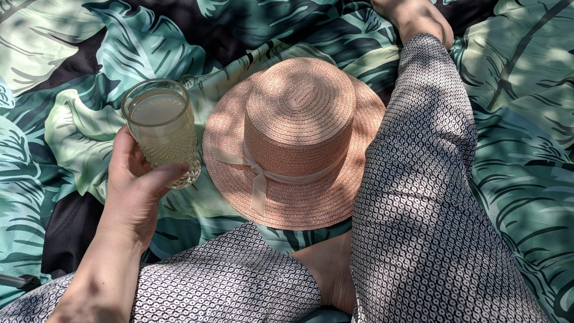 A Dreamy Little Picnic & Pink Boater Hat - Hey Mishka Blog- Lack of Color (1)