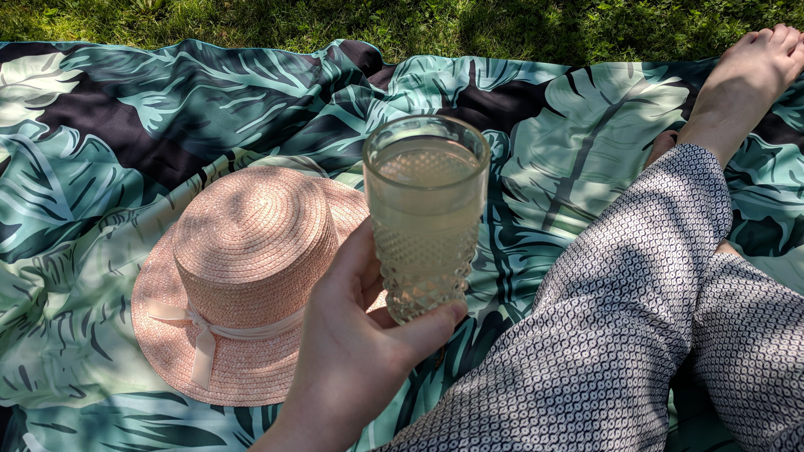 A Dreamy Little Picnic & Pink Boater Hat - Hey Mishka Blog- Lack of Color (3)