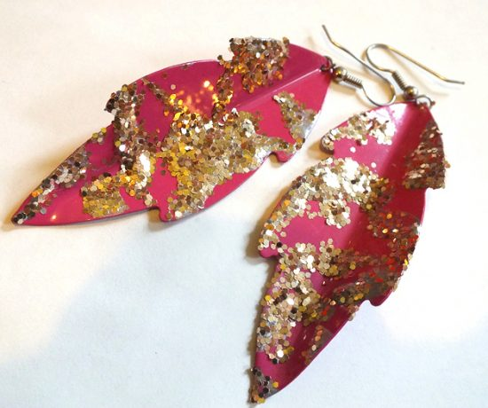 DIY Paint Splatter Sparkle Earrings - Hey Mishka Blog - 001